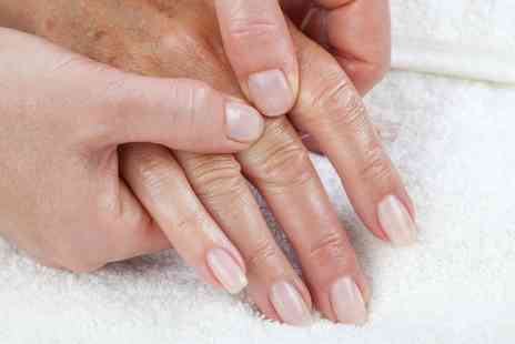 Drury Lane Clinic - Online Hand Reflexology Course - Save 90%