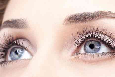 Rasa Luxury Eyelashes - Full Set of Eyelash Extensions - Save 67%