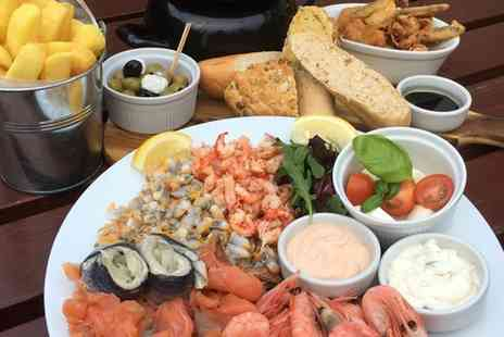 The Jolly Sailor - Seafood Platter with Prosecco for Two, Four or Six - Save 51%