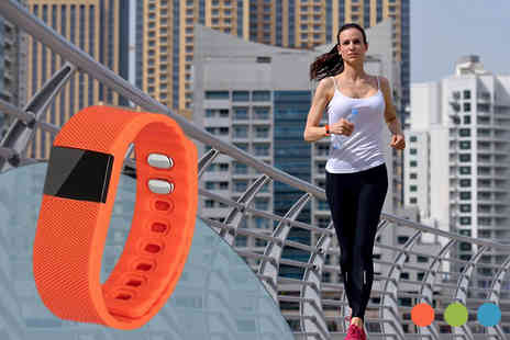 Pretty Essential - Bluetooth Sports Smart Bracelet in 4 Colours - Save 83%
