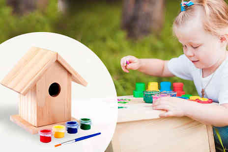 eBuzz - Paint Your Own Birdhouse Pack of 2 or 4 - Save 80%