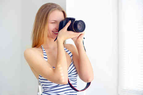 Shaw Academy - Online photography diploma course - Save 96%