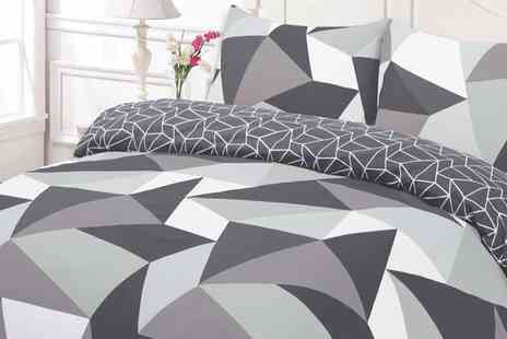 Groupon Goods Global GmbH - Shapes Reversible Duvet Set in Choice of Size and Colour - Save 0%