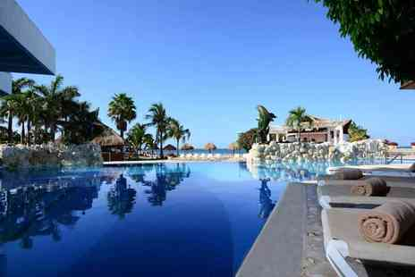 Tour Center - Seven or Ten night all inclusive stay in Cancun including flights - Save 47%