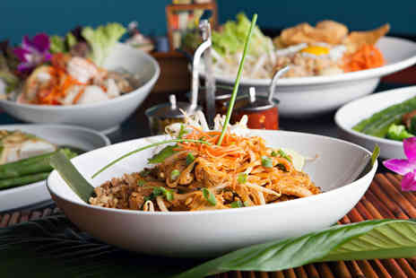 Line Thai Oriental - Thai meal for two including a starter and main each plus prawn crackers - Save 51%