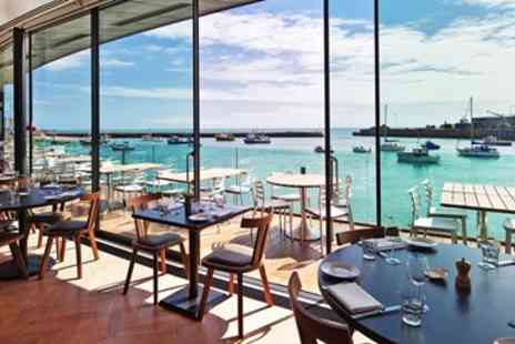 Rocksalt - 2 AA Rosette 3 Course Meal & Bubbly with Harbour Views - Save 28%