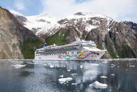 NCL Pearl Alaskan Cruise - Two nights Stay in a Standard Room as per itinerary pre cruise - Save 33%