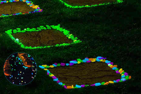 Fusion Homeware - 100 glow in the dark pebbles - Save 75%