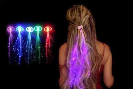 London Exchainstore - Set of LED hair extensions choose from five colours - Save 64%