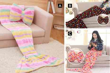 EF Mall - 130cm or 180cm mermaid blanket and bow cushion - Save 0%