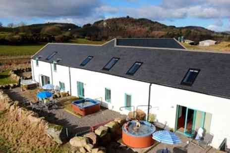 Meiklebob Holiday Cottages - Two or Three Night Self Catering Stay for up to Four or Six with Private Hot Tub - Save 0%