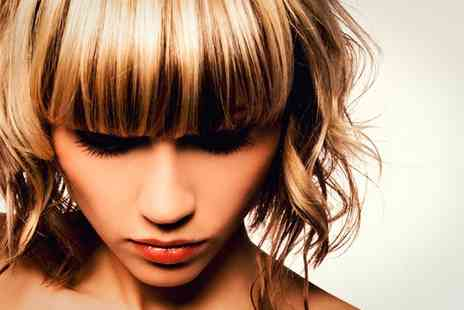 HOB Salons Baker Street - Full Head Highlights with Full Price Cut & Finish - Save 34%