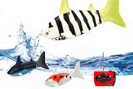 IUEG - Remote Control Shark Toy 3 Colours - Save 60%