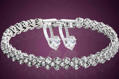 India Rose Designs - Crystal Heart Jewellery Set - Save 85%