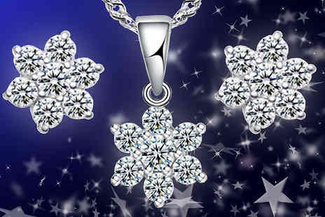 India Rose Designs - Crystal Flower Necklace Set - Save 79%
