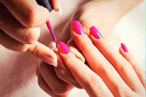 E K Beauty Boutique - Shellac Nails - Save 0%