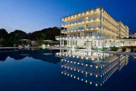 Una Versilia - Four Star 7 nights Stay in a Junior Suite Deluxe - Save 70%