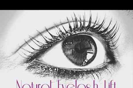 Daisys Nail Company - Eyelash Natural Lift - Save 0%