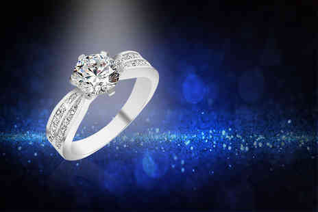 Gemnation - 18k white gold plated sapphire ring - Save 92%