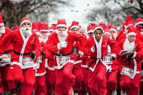 Santa Run Nottingham - Nottingham Santa Run and Walk on 10 December - Save 41%