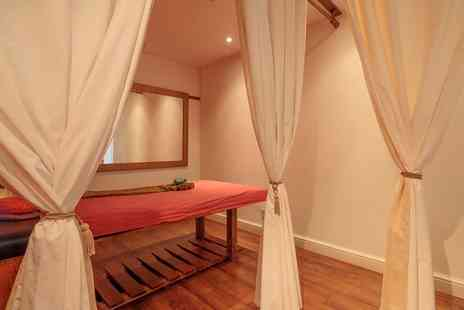 Arokaya - Traditional Full Body Thai Oil Massage - Save 18%