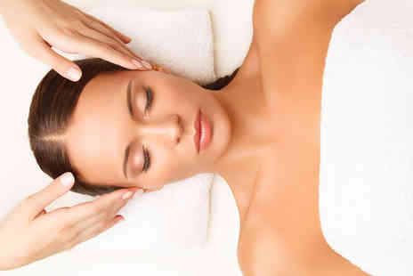 Jason Shankey - 30 minute Dermalogica facial with a 30 minute back, neck and shoulder - Save 55%