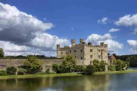 Premium Tours - Child or Adult Entry to the Warwick Castle, Stratford, Oxford and the Cotswolds Tour - Save 52%
