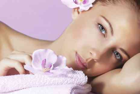 Le Dermex Cosmetic - Choice of 60 Minute Pamper Package - Save 0%