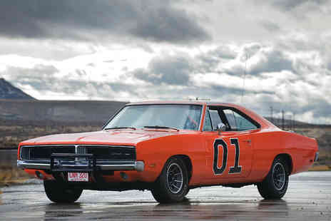 Car Chase Heroes - Three laps in the famous The Dukes of Hazzard General Lee Dodge Charger with Car Chase Heroes - Save 61%