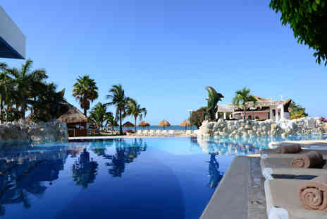 ClearSky Holidays - Seven or Ten night Cancun and Miami break with all inclusive stay in Cancún and flights - Save 19%