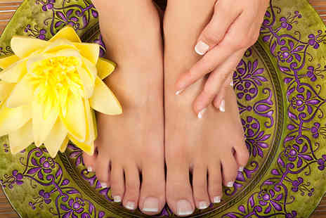 Bs Beauty & Holistic Therapy - 30 minute reflexology treatment including 30 minute aromatherapy massage - Save 0%