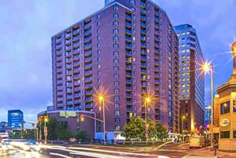 Les Suites Hotel Ottawa - Ottawa Suite near By Ward Market inclusive Wi Fi - Save 0%