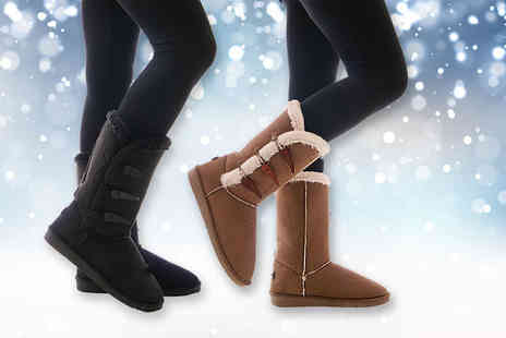 MY UL - Pair of faux fur boots choose from black and chestnut - Save 78%