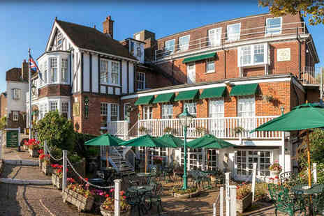 Rye Lodge Hotel - Three Star 1 night Stay in a Standard Room - Save 39%