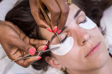 Melissas Beauty Boutique - Eyelash Extensions - Save 0%