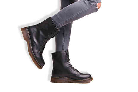 MY UL - Pair of Billie black army boots - Save 74%