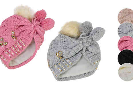 Pearl Info - Knitted Wool Hat With Fur Pompom Five Colours - Save 46%