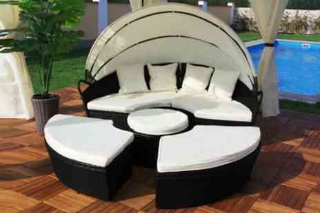 Groupon Goods Global GmbH - Rattan Effect Garden Sun Island with Optional Rain Cover With Free Delivery - Save 60%