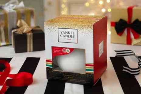 Groupon Goods Global GmbH - One or Two Yankee Candle Scentrepiece Gift Sets 2016 Christmas Collection With Free Delivery - Save 23%