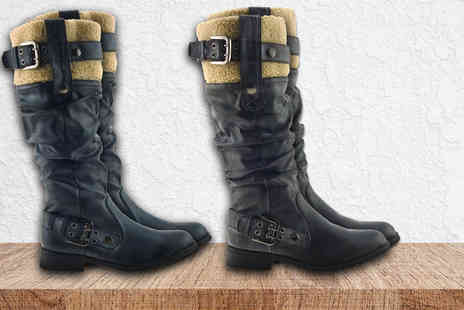 SEASON FOOTWEAR - Pair of stylish knee high boots with a fleece cuff choose from two colours - Save 77%