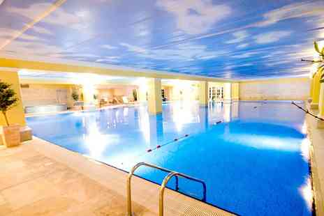 Holmer Park Spa and Health Club - Choice of one 60 minute treatment or two 30 minute treatments from the spa menu - Save 35%