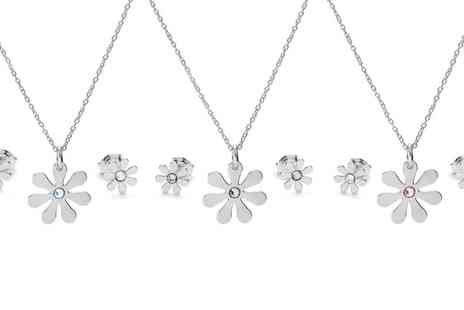 Jewells House - Sterling Silver Necklace, Earrings or Set with Crystals from Swarovski With Free Delivery - Save 0%