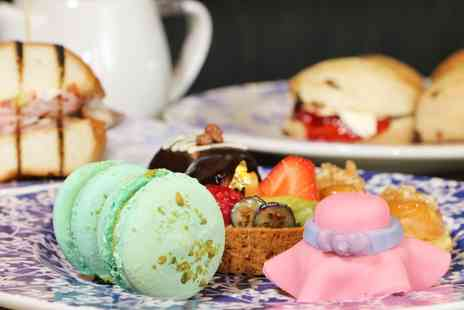 Birmingham City Centre - Xmas Afternoon Tea for Two or Four with Fizz, Parking and Limo Ride to Xmas Market - Save 42%