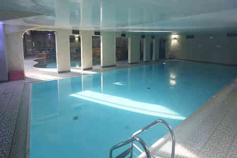Cleopatras Park Hall Hotel - Spa day for one or two - Save 58%
