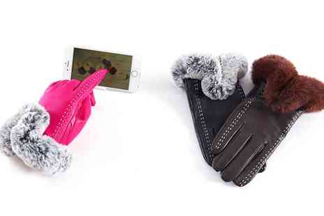 Groupon Goods Global GmbH - Womens Touchscreen Leather Gloves in Choice of Sizes and Colours - Save 66%