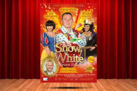 Trio Entertainment - Snow White Pantomime On 29 November, Horwich Leisure Centre - Save 50%