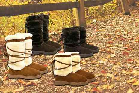 SEASON FOOTWEAR - Short faux fur lined boots choose from two colours - Save 80%