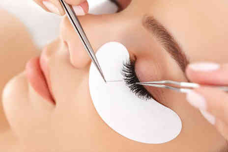 Chic Lash Boutique - Half set of natural look eyelash extensions - Save 55%