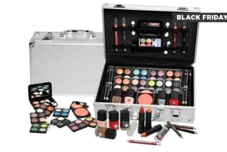 Groupon Goods Global GmbH - 51 Piece Everybodys Darling Vanity Sets - Save 55%