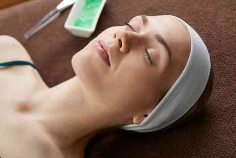 Salon exige - Choice of a 30 or 75 Minute Facial - Save 36%